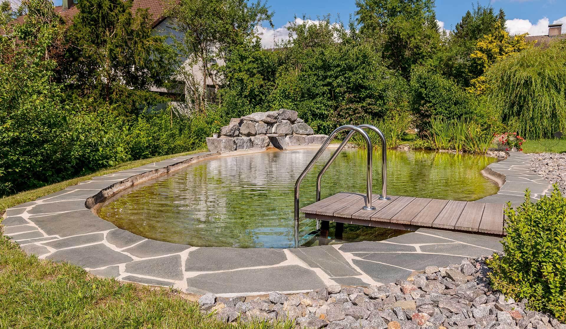 Bild von Schwimm-Gartenteich in Rottweil